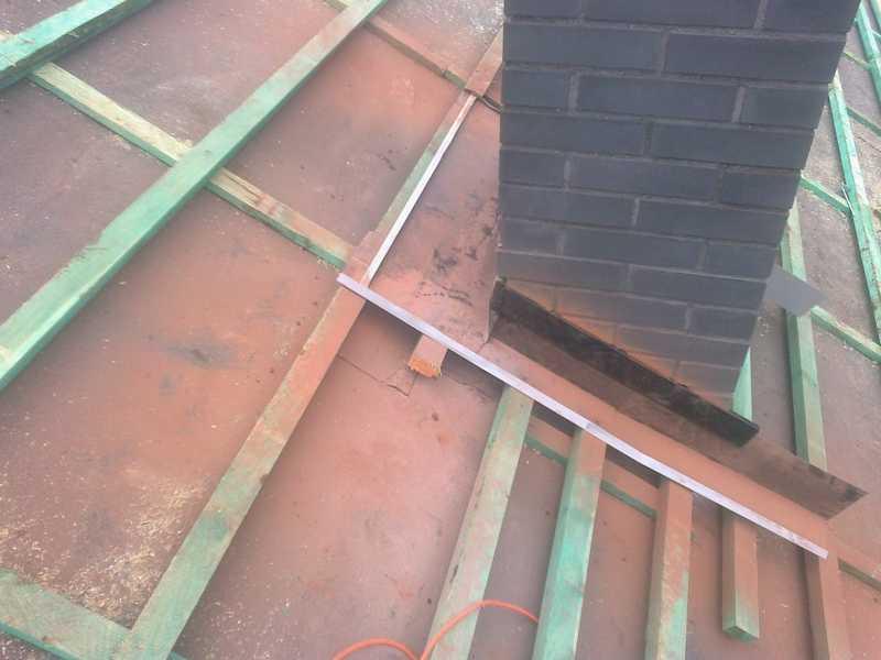 Montaż łat i kontrałat oraz opierzenie komina pod dachówke Creaton Balance w Ostrowie Wielkopolskim