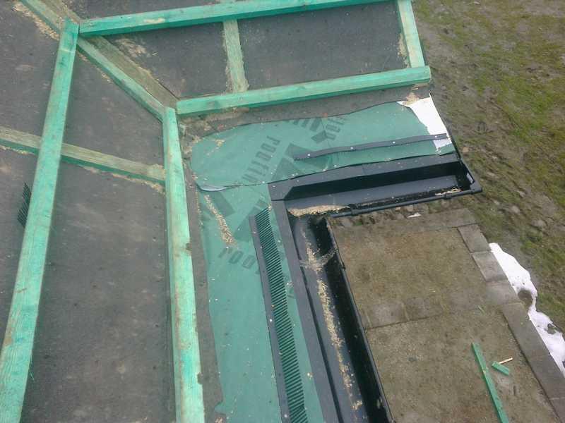 Montaż łat i kontrałat oraz pasa nadrynnowego pod dachówkę Creaton Balance w Ostrowie Wielkopolskim
