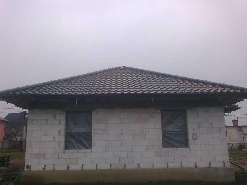 Montaż dachówki ceramicznej Creaton Balance w Ostrowie Wlkp