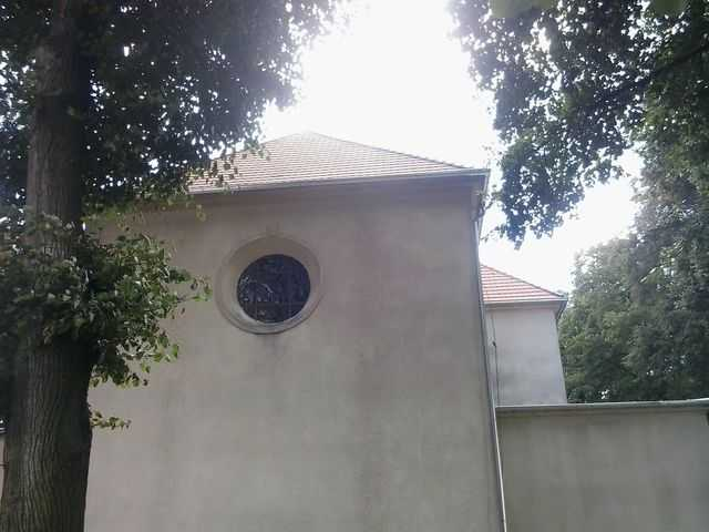Dach w karpiówce Creaton , rynny ocynkowane