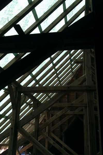 Konstrukcja więźby dachowej w Kościele w Raszkowie