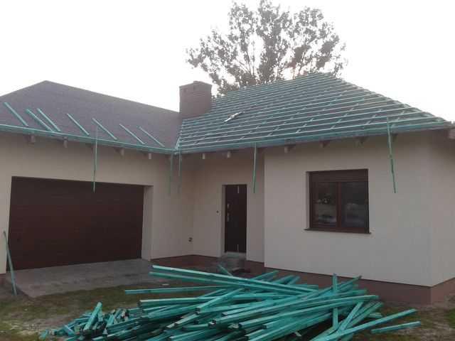 Motaż łat na dachu w okolicy Kalisza