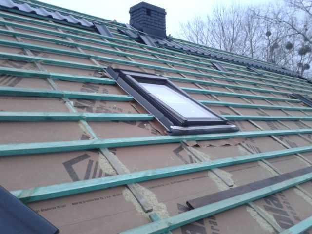 Montaż okna dachowego Fakro FTS-V u2