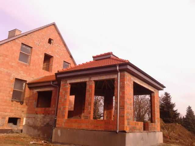 dach w karpiówce złobkowanej Koramic w Pleszewie