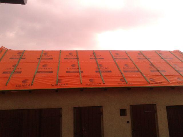 Montaż membrany dachowej