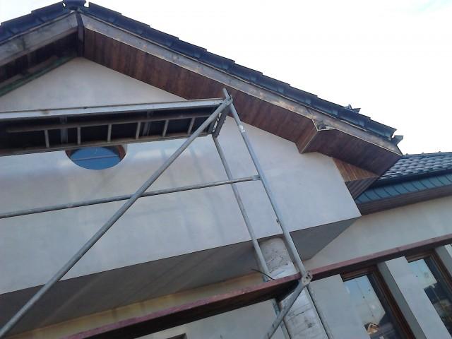 Szczyt dachu z boazerii podbitkowej