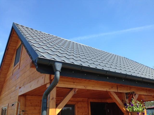 Montaż dachu Plannja